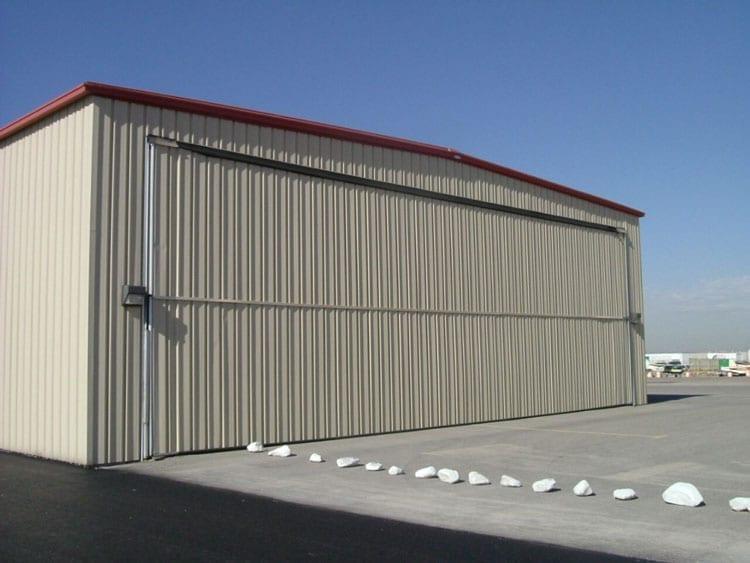 hangar airplane